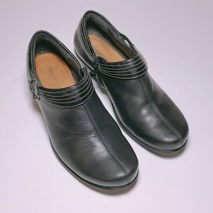 NAOT Black Leather Zippered Bootie Size. 6
